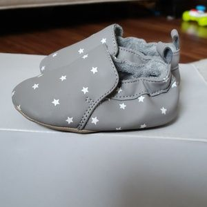.Baby slip on shoes.
